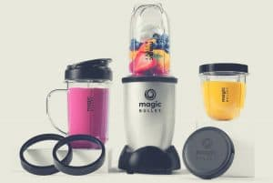 An image of the Magic Bullet blender and its accessories